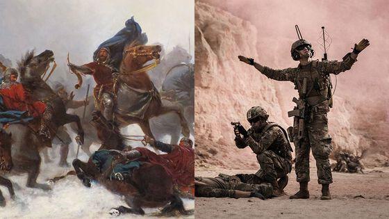 Venstre: Maleri av Kong Sverre i kamp. Høyre: Moderne soldater på slagmarken