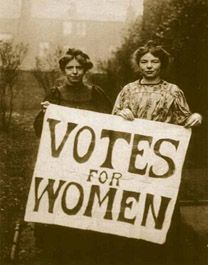 Annie Kenney and Christabel Pankhurst. (Wikipedia Commons)
