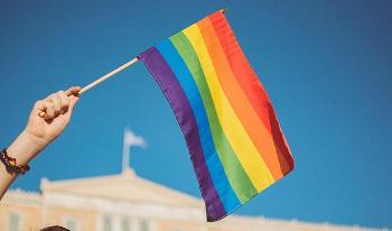 prideflagg_stavrialena-gontzou-unsplash_660