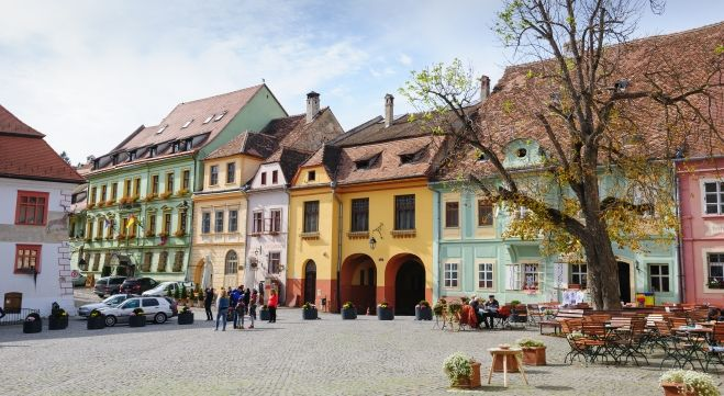 Sighisoara i Transylvania, Romania. Illustrasjon: Colourbox