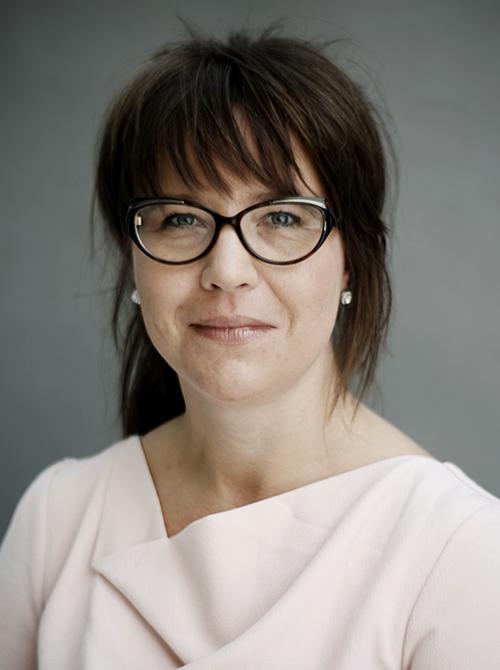 Elisabeth Staksrud profil