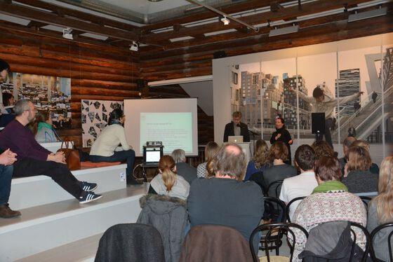 Fullt hus på årets Morsmålsdagføredrag på Bymuseet