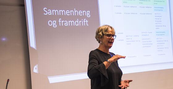 Professor Trine Syvertsen