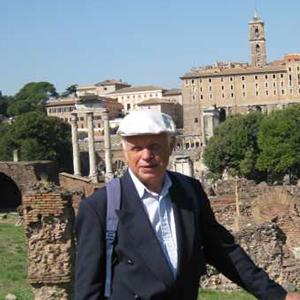 Bildet kan inneholde: turisme, historisk sted, reise.